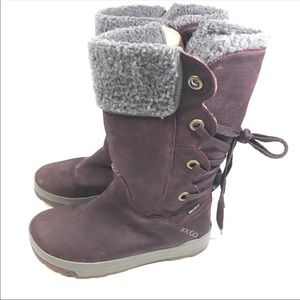 KEEN dry tall leather lace up boots